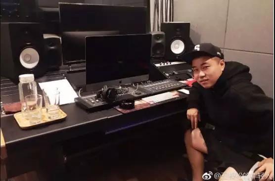 Sweet:从筒子楼里走出的Battle King - 第21张    嘻哈中国