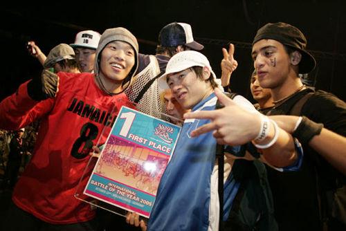 街舞舞者该如何在圈中的压力下自处? - 第9张    嘻哈中国